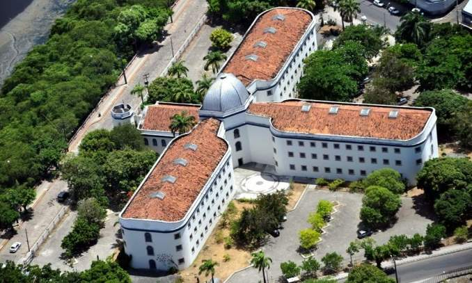 Casa da Cultura de Pernambuco Hotéis a beira mar