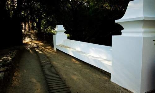 Trilha Jardim Elizabeth - ponte jardim elizabeth - imagem Pousada do vale
