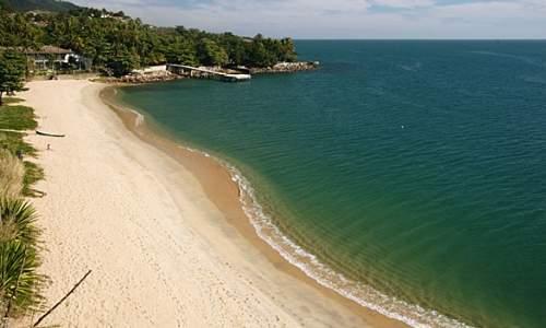 Melhores praias para o banho no Litoral de São Paulo - 06 Feiticeira