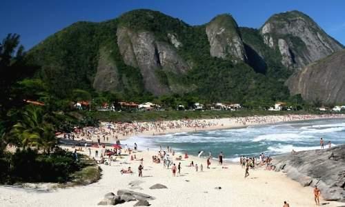 Melhores Praias para Surfar no Brasil - Itacoatira RJ