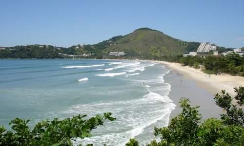Melhores praias para surfar em São Paulo – Litoral Norte - PRAIA DAS TONINHAS