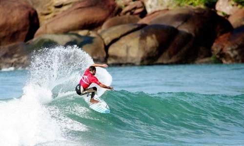 Melhores Praias para Surfar no Brasil - PRAIA DE MARESIA - SÃO SEBASTIÃO