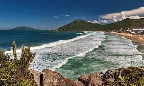 Melhores Praias para Surfar em Florianópolis (SC) - Praia Brava
