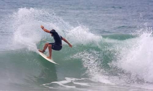 Melhores praias para surfar em São Paulo – Litoral Norte - VERMELHA DO CENTRO