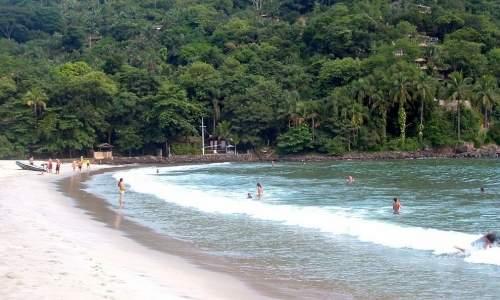 Melhores praias para surfar em São Paulo – Litoral Norte - barra do sahy