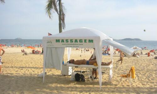 Porque ir a praia é tão bom? - massagem praia