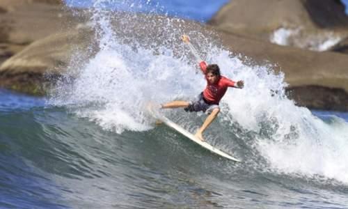 Melhores praias para surfar em São Paulo – Litoral Norte - praia de itamambuca
