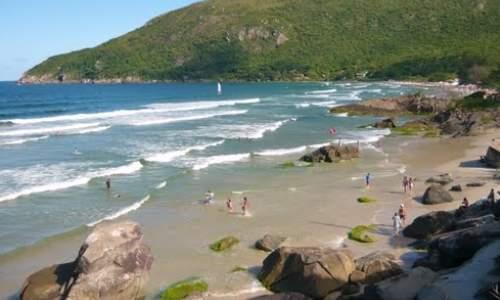 Melhores Praias para Surfar em Florianópolis (SC) - praia do matadeiro