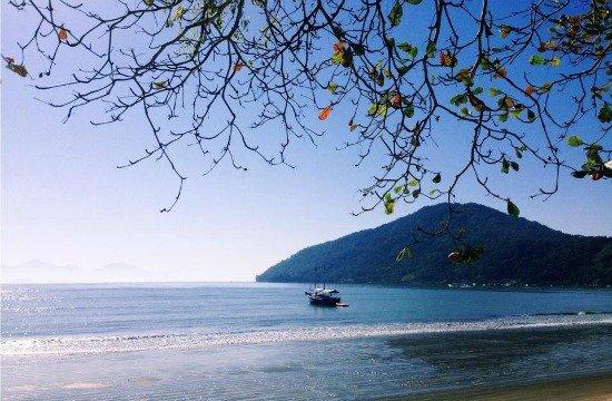 Melhores Praias em Ubatuba - Praia Itaguá