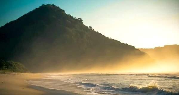 praia-itamambuca